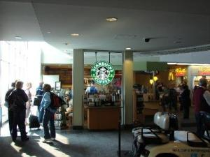airport_starbucks_1